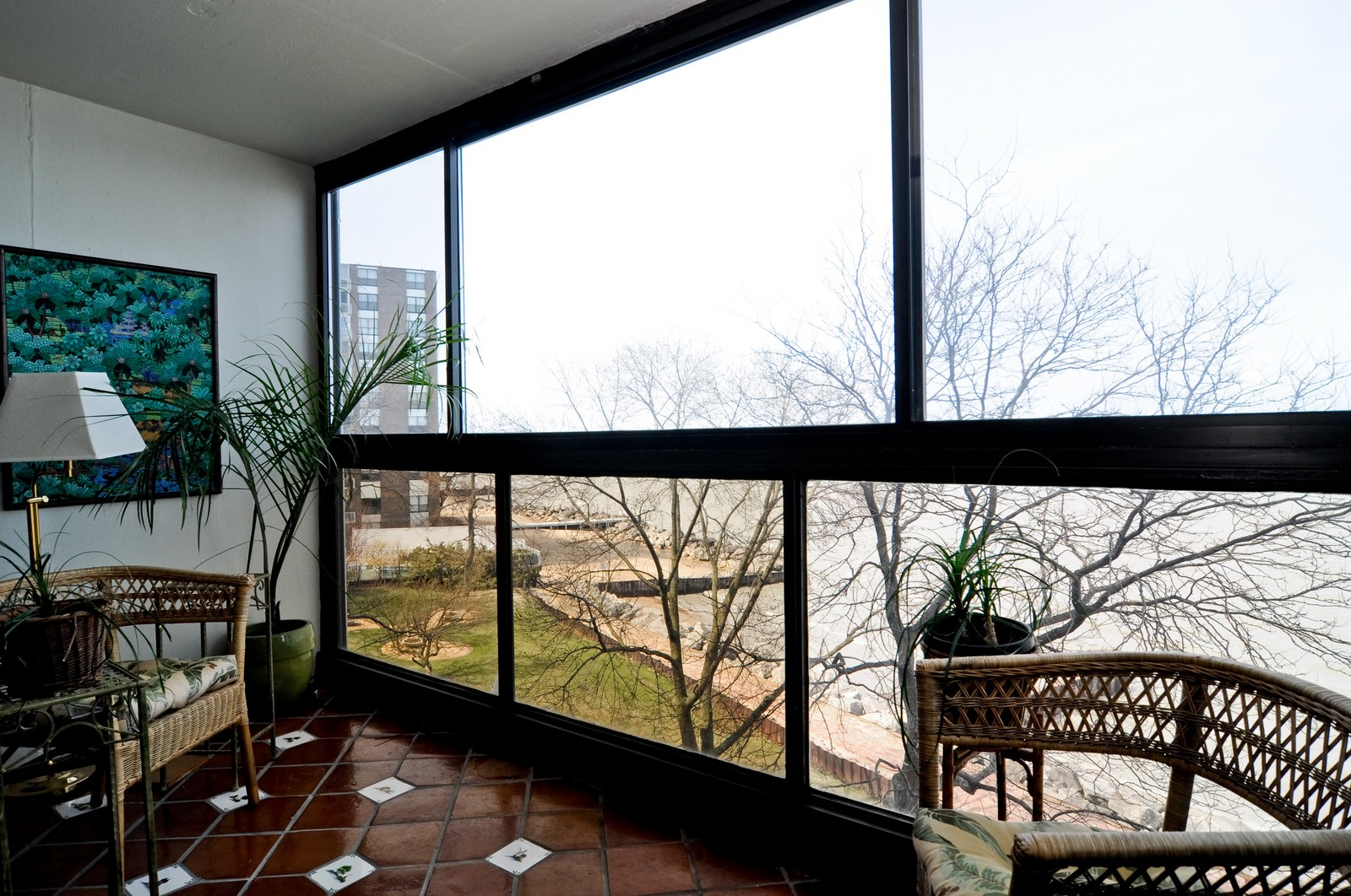 Real Estate Photography - 1500 Sheridan, 3F, Wilmette, IL, 60091 - Terrace