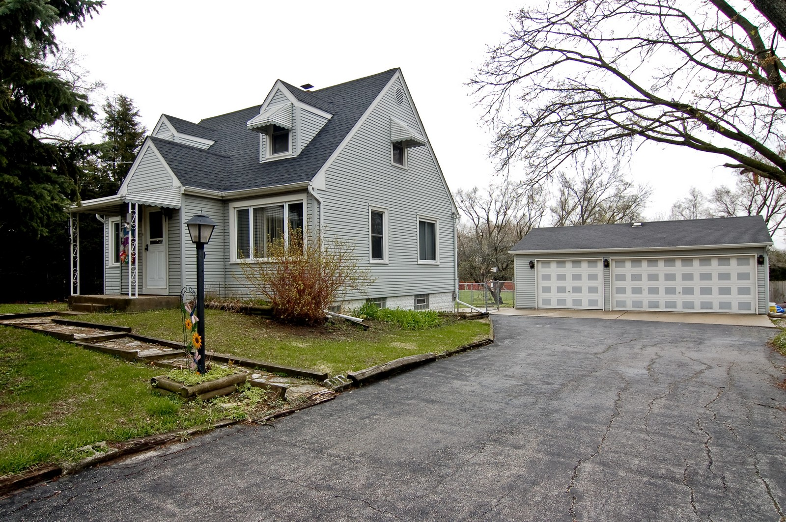 Real Estate Photography - 115 60th, Downers Grove, IL, 60516 - Side View