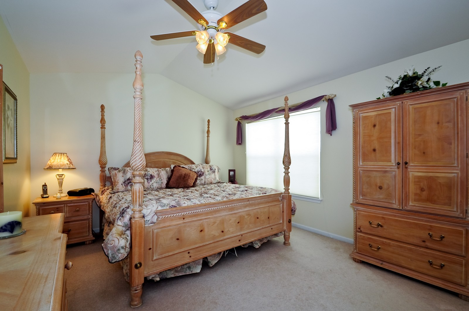 Real Estate Photography - 2012 Wagner, 206, Batavia, IL, 60510 - Master Bedroom