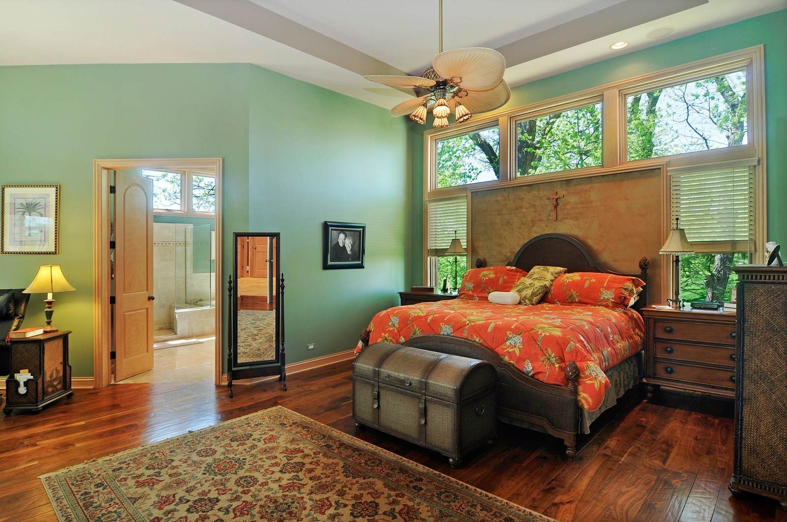Real Estate Photography - 49 Brittany, Oakwood Hills, IL, 60013 - Master Bedroom