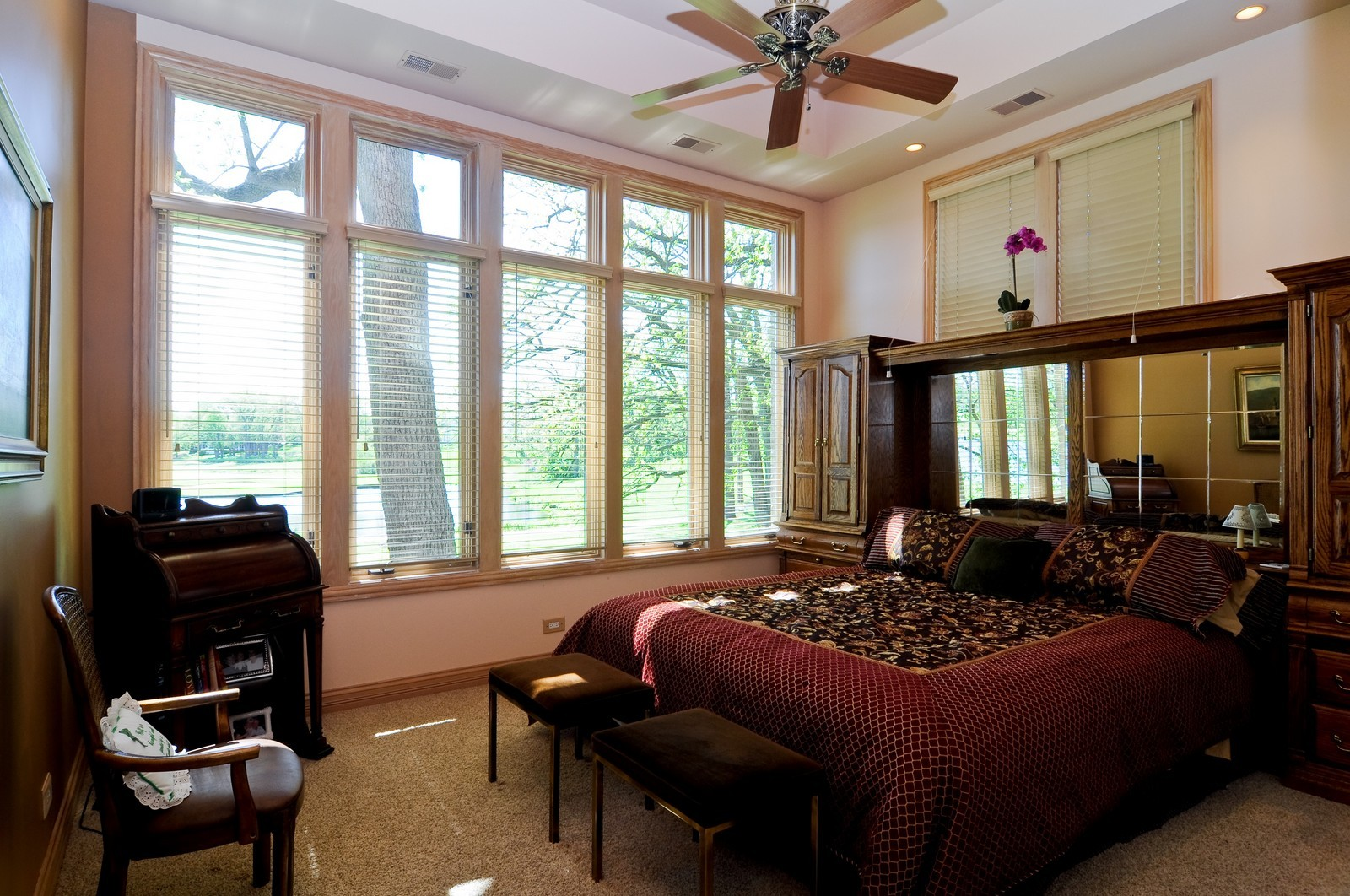 Real Estate Photography - 49 Brittany, Oakwood Hills, IL, 60013 - 3rd Bedroom