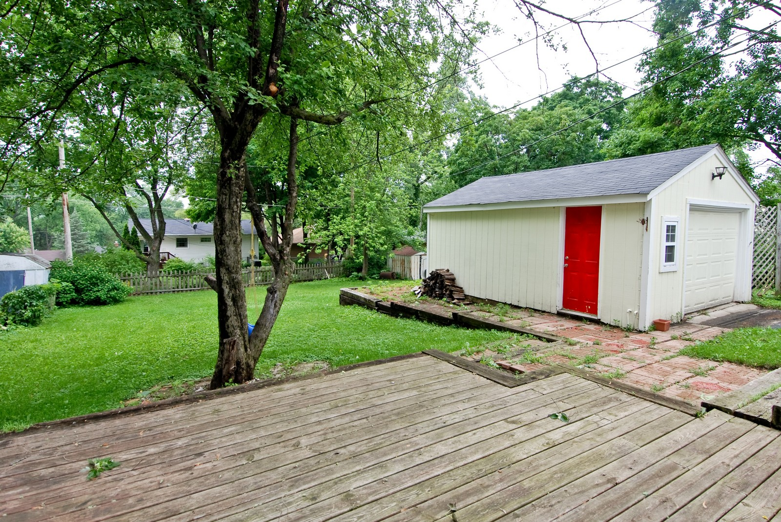 Real Estate Photography - 840 N Third, Geneva, IL, 60134 - Back Yard