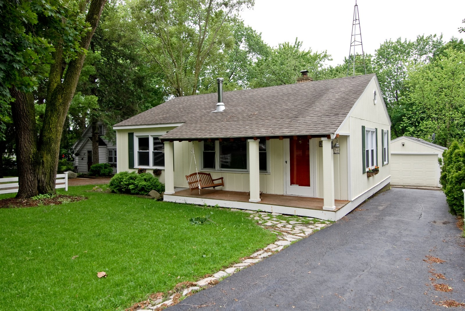 Real Estate Photography - 840 N Third, Geneva, IL, 60134 - Front View