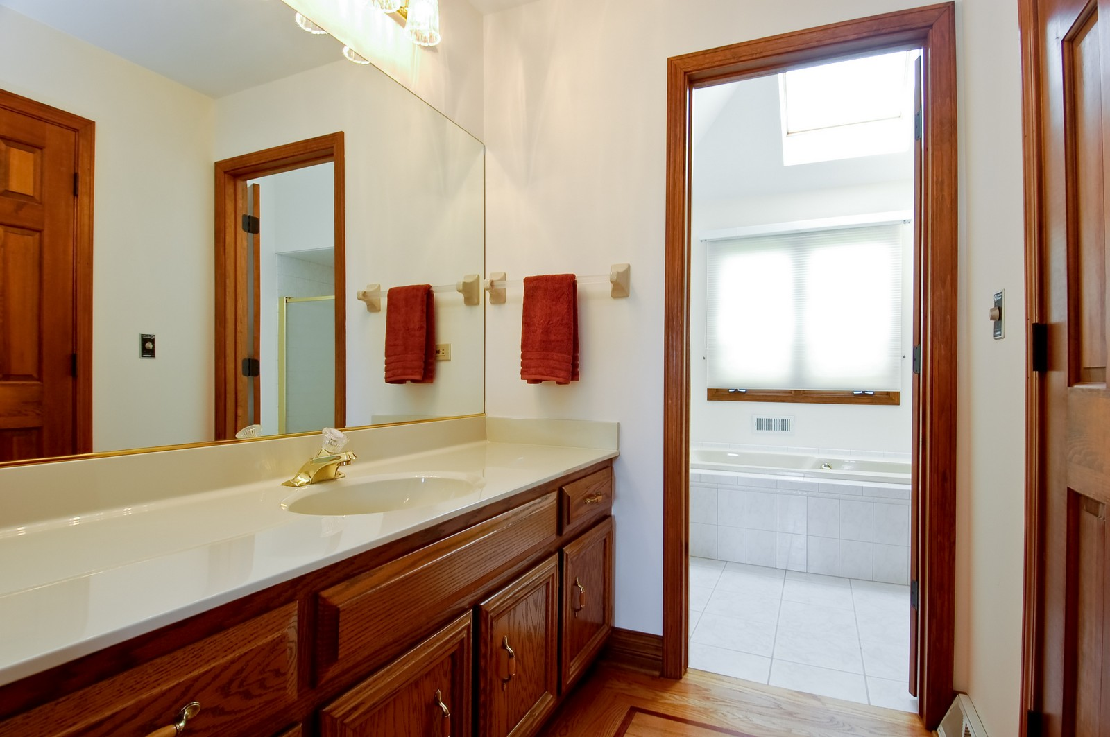 Real Estate Photography - 1S560 Verdun, Winfield, IL, 60190 - Master Bathroom