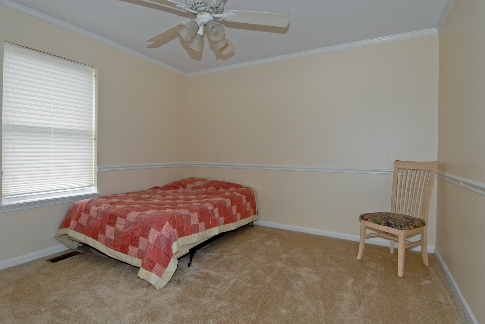 Real Estate Photography - 426 Red Sky, Saint Charles, IL, 60174 - 3rd Bedroom