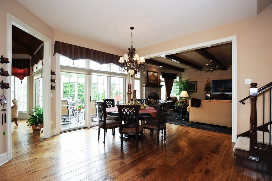 Real Estate Photography - 4508 Corktree, Naperville, IL, 60564 - Breakfast Area, Opens to Sun Room (left) & Family