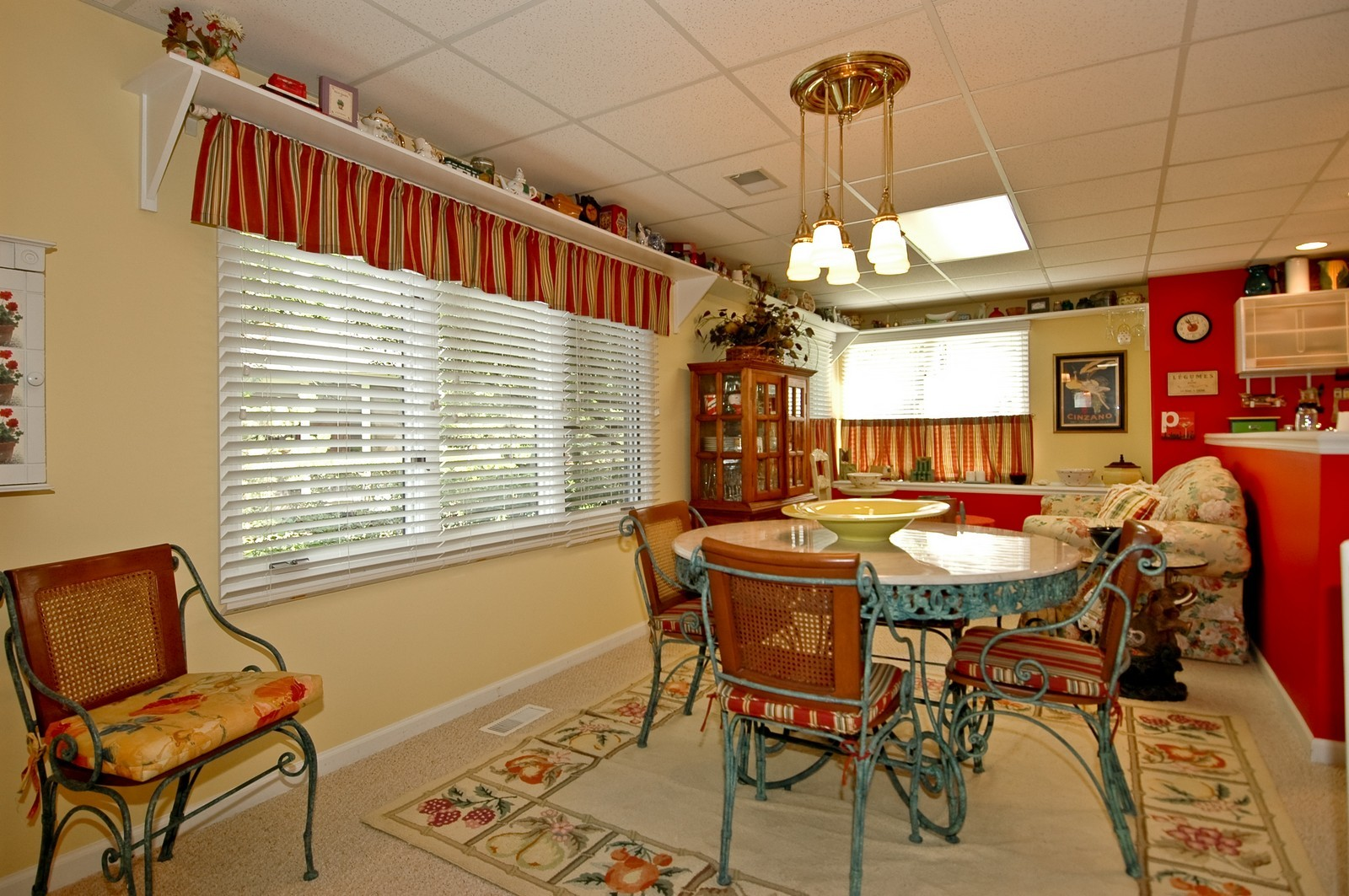 Real Estate Photography - 5 La Costa, Lake in the Hills, IL, 60156 - Lower Level Dining Area
