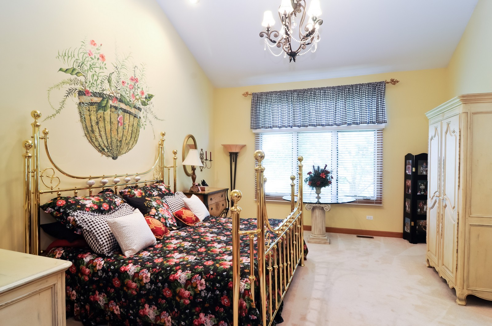 Real Estate Photography - 5 La Costa, Lake in the Hills, IL, 60156 - Master Bedroom