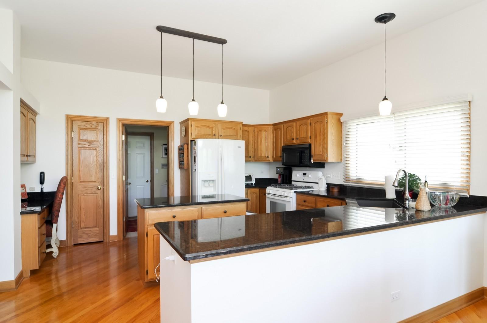 Real Estate Photography - 5 La Costa, Lake in the Hills, IL, 60156 - Kitchen