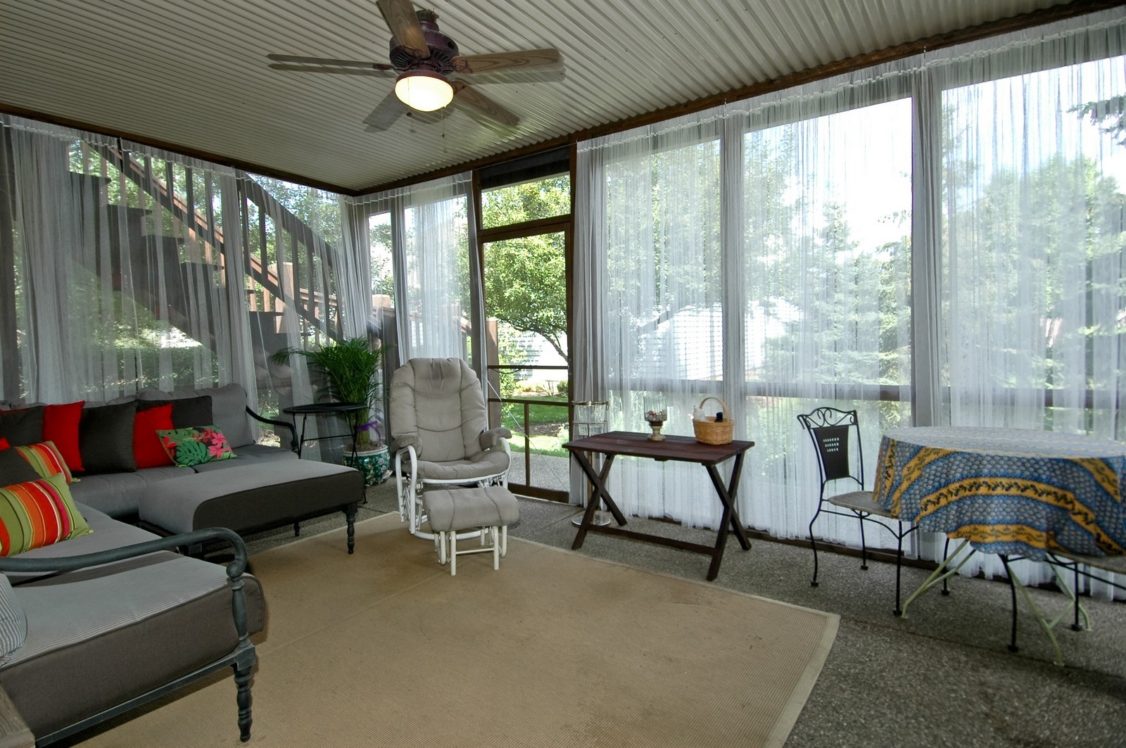 Real Estate Photography - 5 La Costa, Lake in the Hills, IL, 60156 - Screened Porch