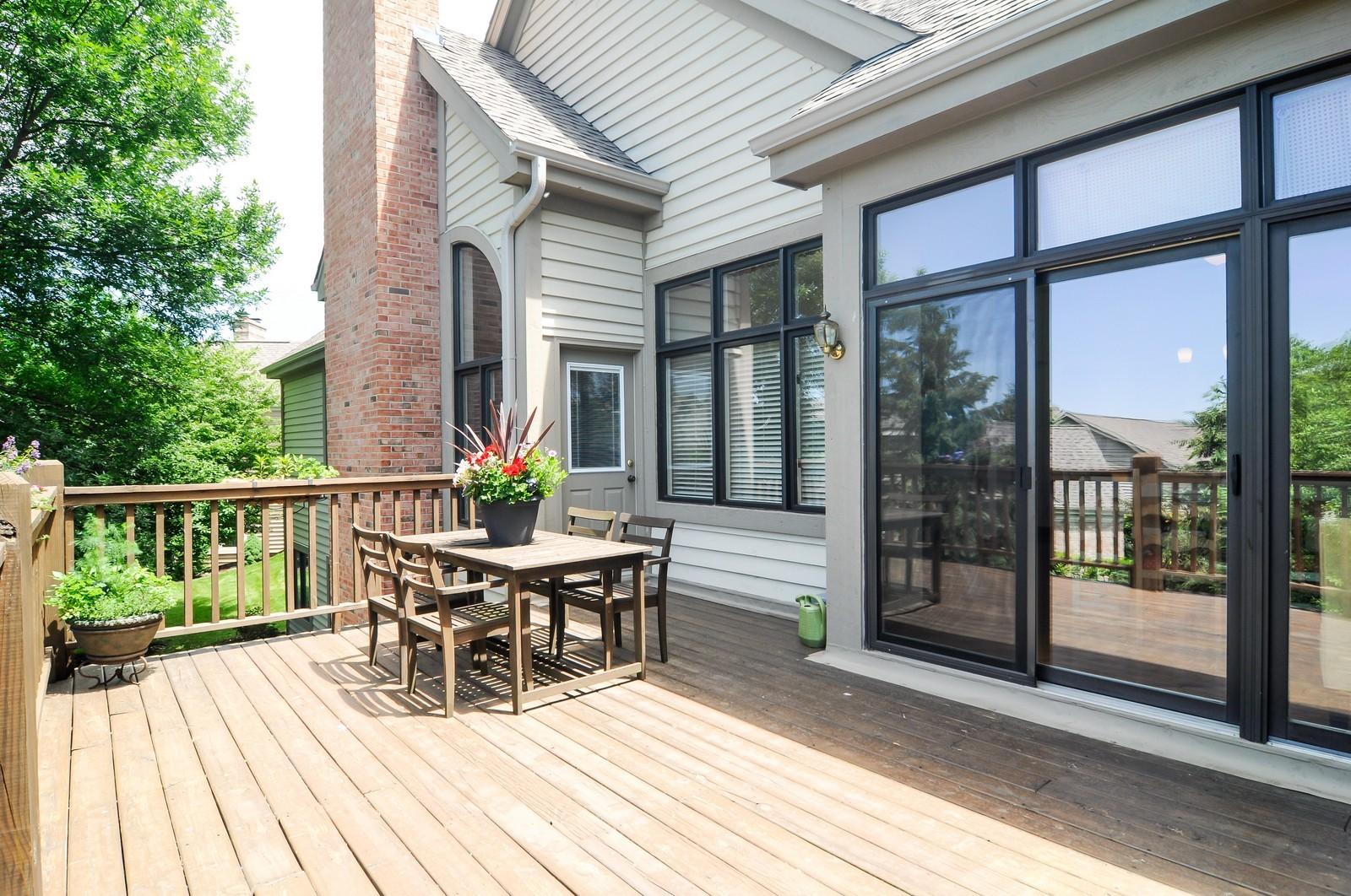 Real Estate Photography - 5 La Costa, Lake in the Hills, IL, 60156 - Deck