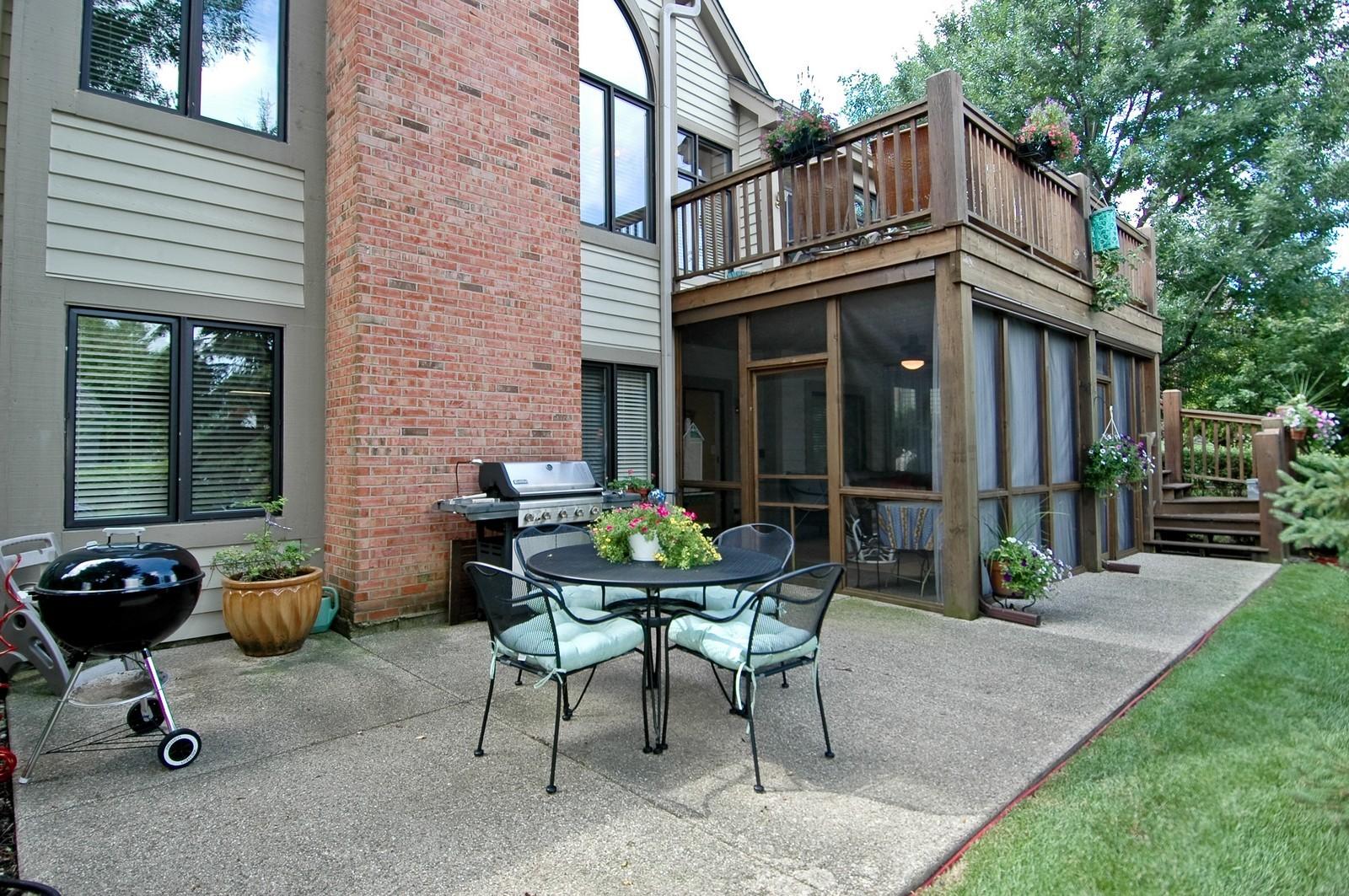 Real Estate Photography - 5 La Costa, Lake in the Hills, IL, 60156 - Patio