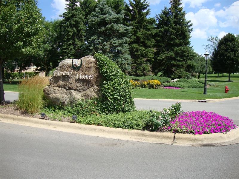 Real Estate Photography - 5 La Costa, Lake in the Hills, IL, 60156 -