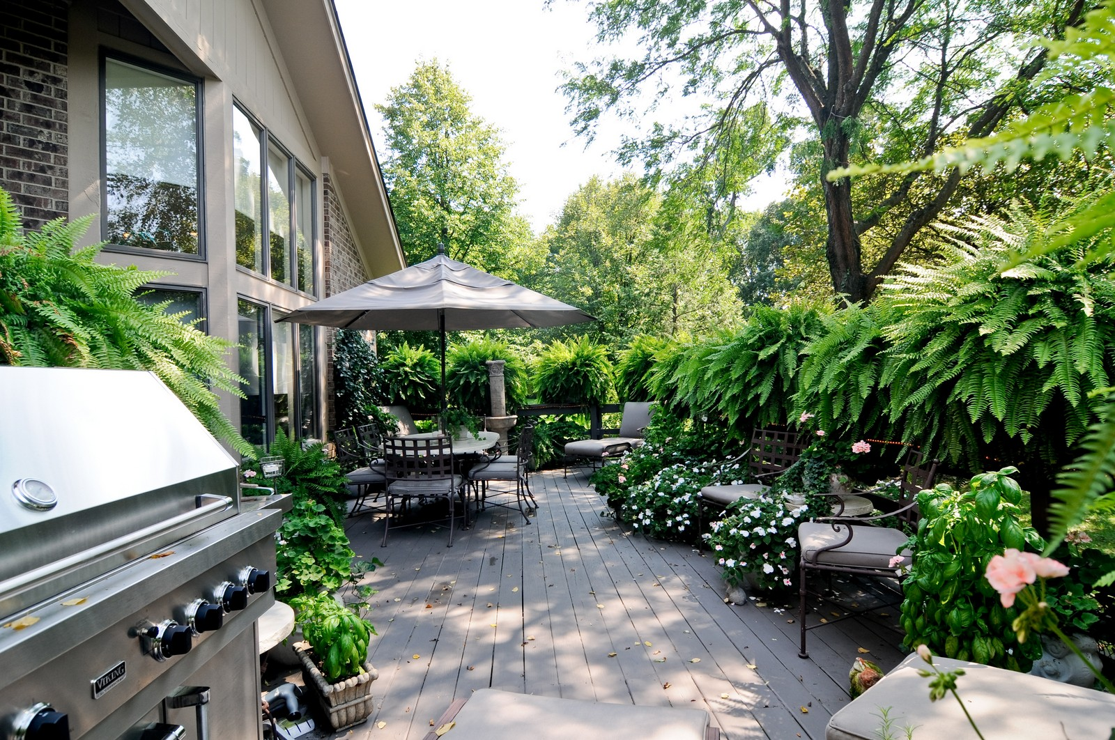 Real Estate Photography - 20060 Inverness, Olympia Fields, IL, 60461 - Deck