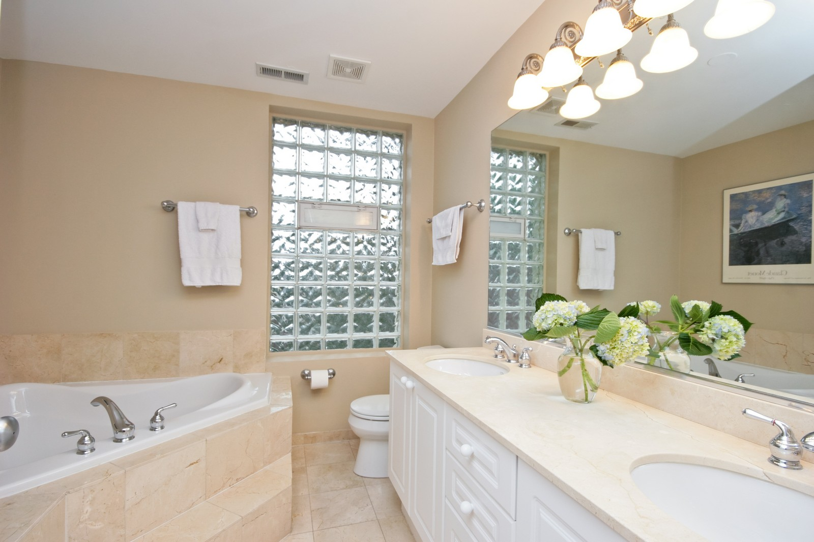 Real Estate Photography - 3705 N Paulina, Unit 3, Chicago, IL, 60613 - Master Bathroom - Oversized glass shower w/ bench