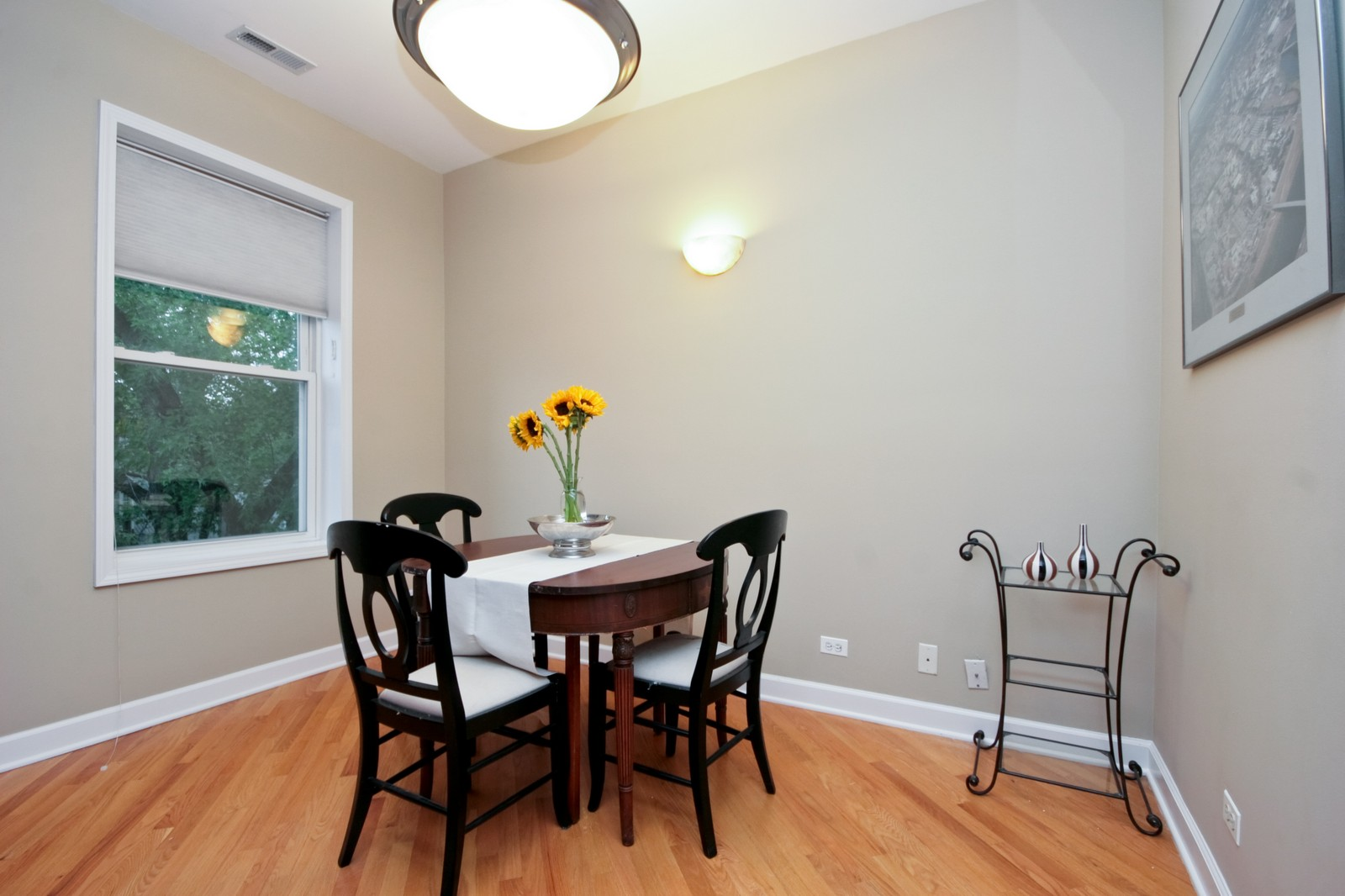 Real Estate Photography - 3705 N Paulina, Unit 3, Chicago, IL, 60613 - Dining Room