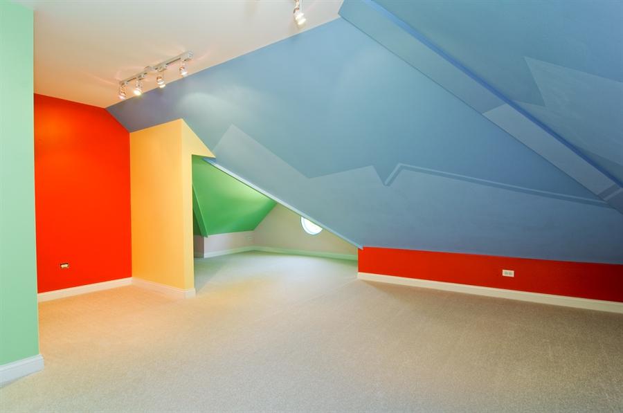 Real Estate Photography - 1016 Oakland, Barrington, IL, 60010 - Bonus Room