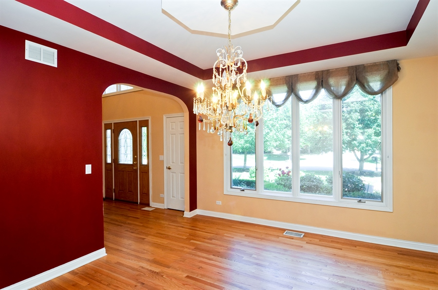 Real Estate Photography - 1016 Oakland, Barrington, IL, 60010 - Dining Room