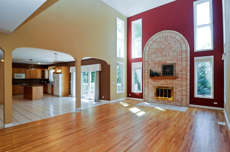 Real Estate Photography - 1016 Oakland, Barrington, IL, 60010 - Great Room