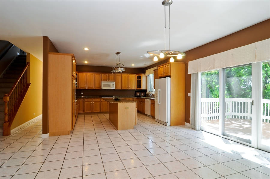 Real Estate Photography - 1016 Oakland, Barrington, IL, 60010 - Kitchen