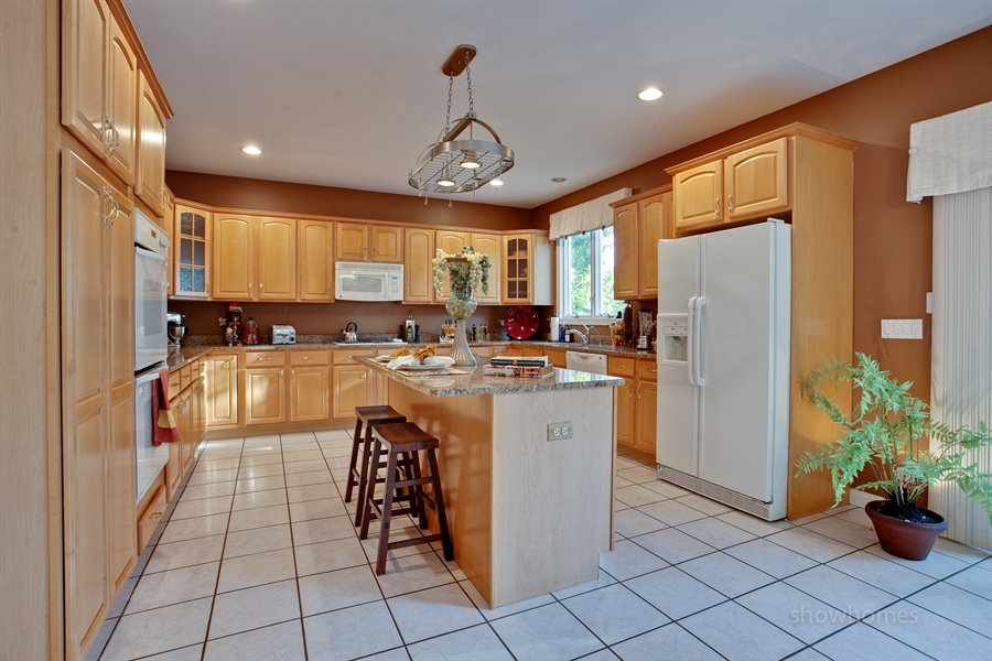 Real Estate Photography - 1016 Oakland, Barrington, IL, 60010 -