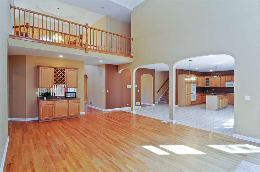 Real Estate Photography - 1016 Oakland, Barrington, IL, 60010 - Family Room / Kitchen