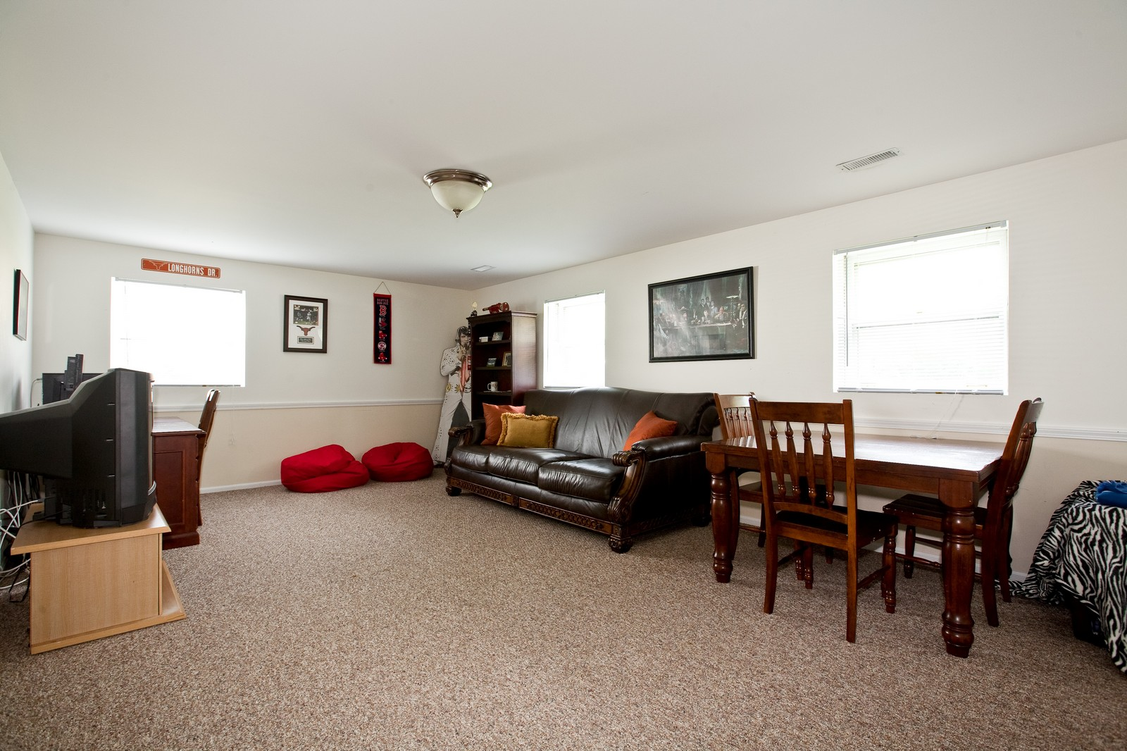 Real Estate Photography - 4050 West End, Downers Grove, IL, 60515 - Family Room