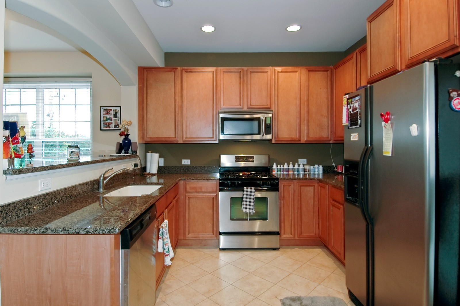 Real Estate Photography - 300 N Harrison, Algonquin, IL, 60102 - Kitchen