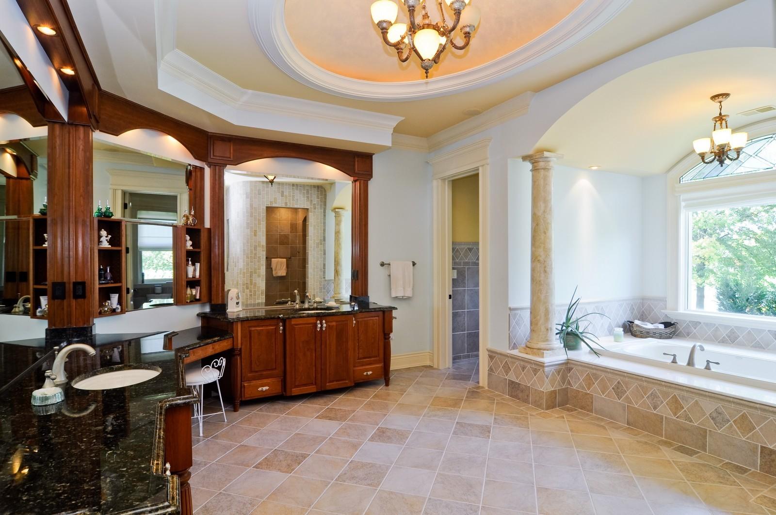 Real Estate Photography - 70 Dundee, Barrington Hills, IL, 60010 - Master Bathroom