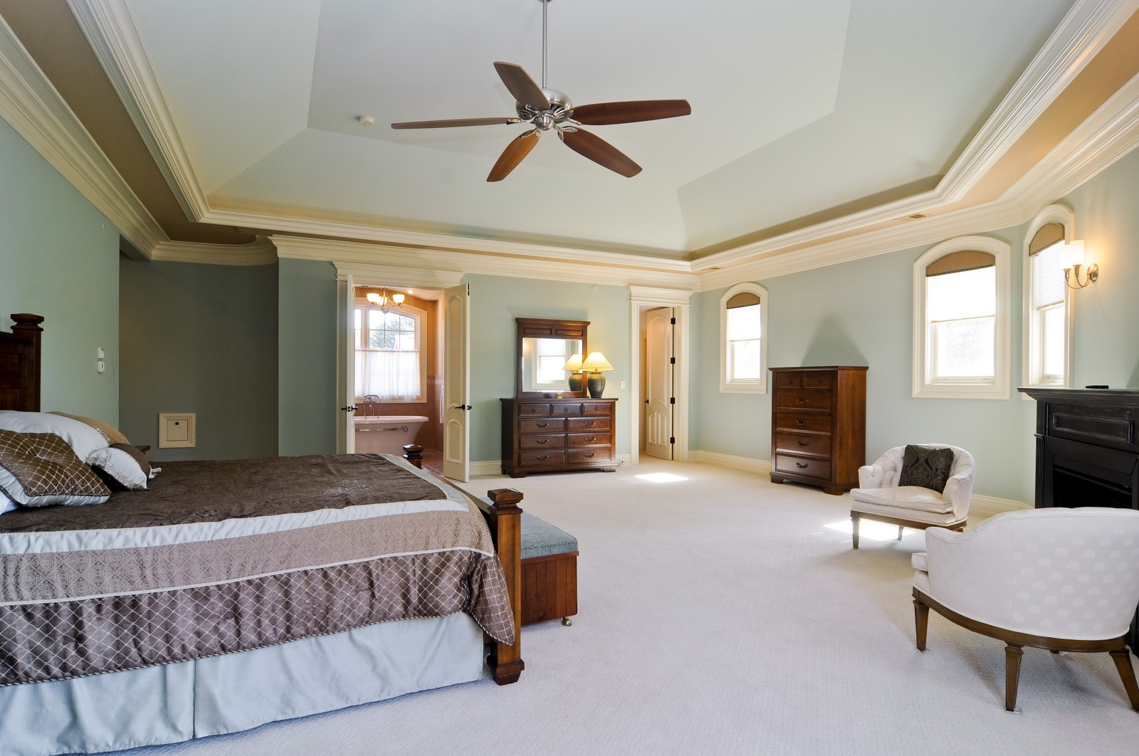 Real Estate Photography - 70 Dundee, Barrington Hills, IL, 60010 - 2nd Bedroom
