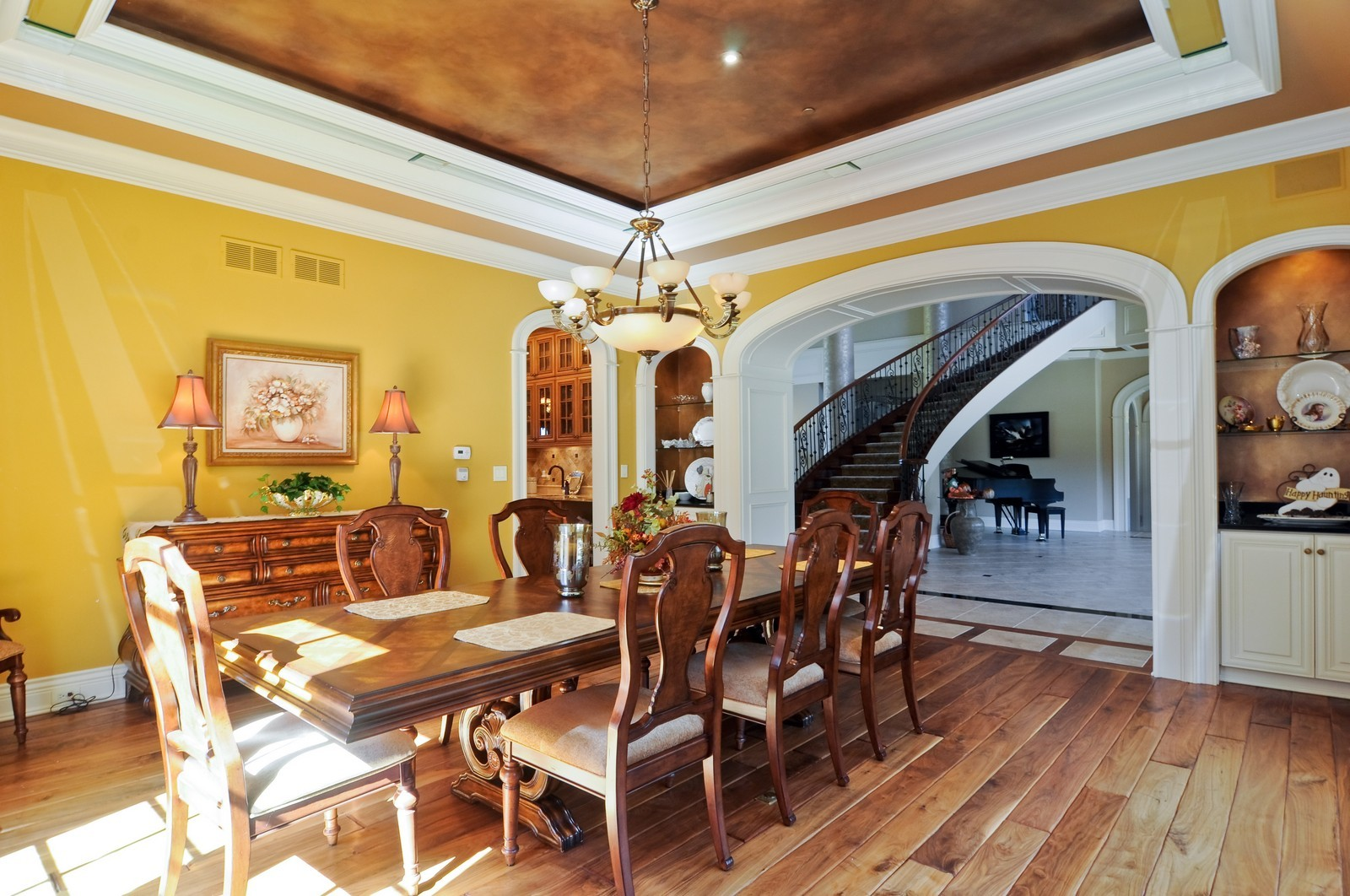 Real Estate Photography - 70 Dundee, Barrington Hills, IL, 60010 - Dining Room