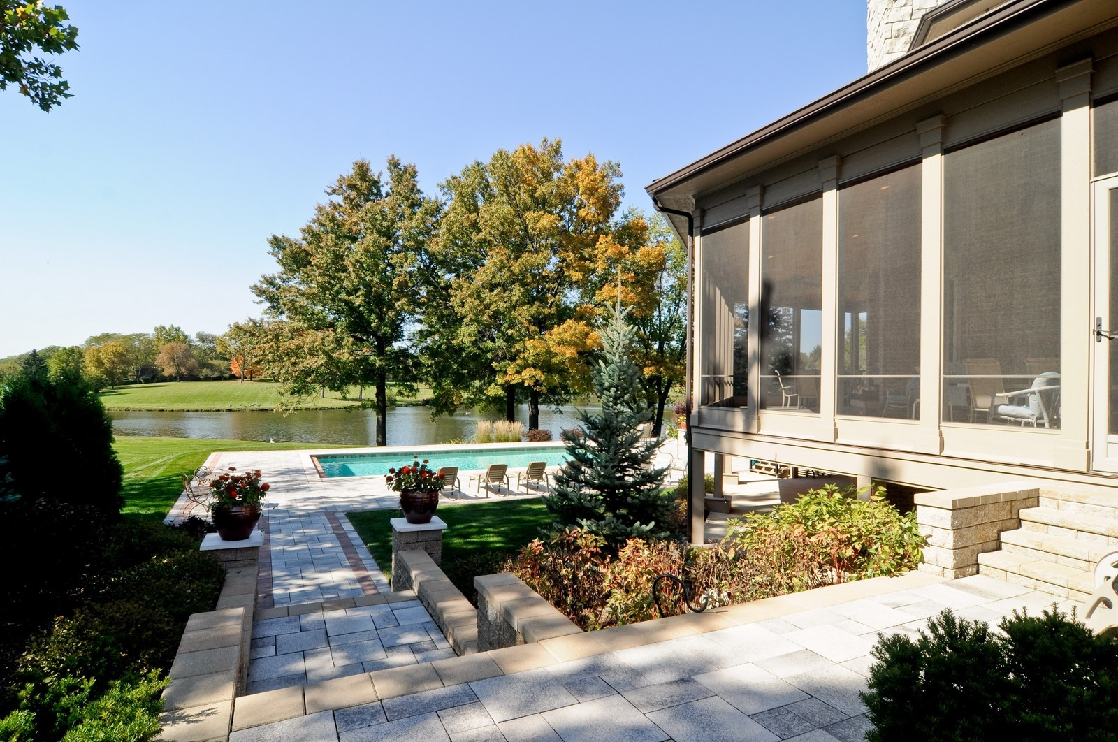 Real Estate Photography - 70 Dundee, Barrington Hills, IL, 60010 - Side View