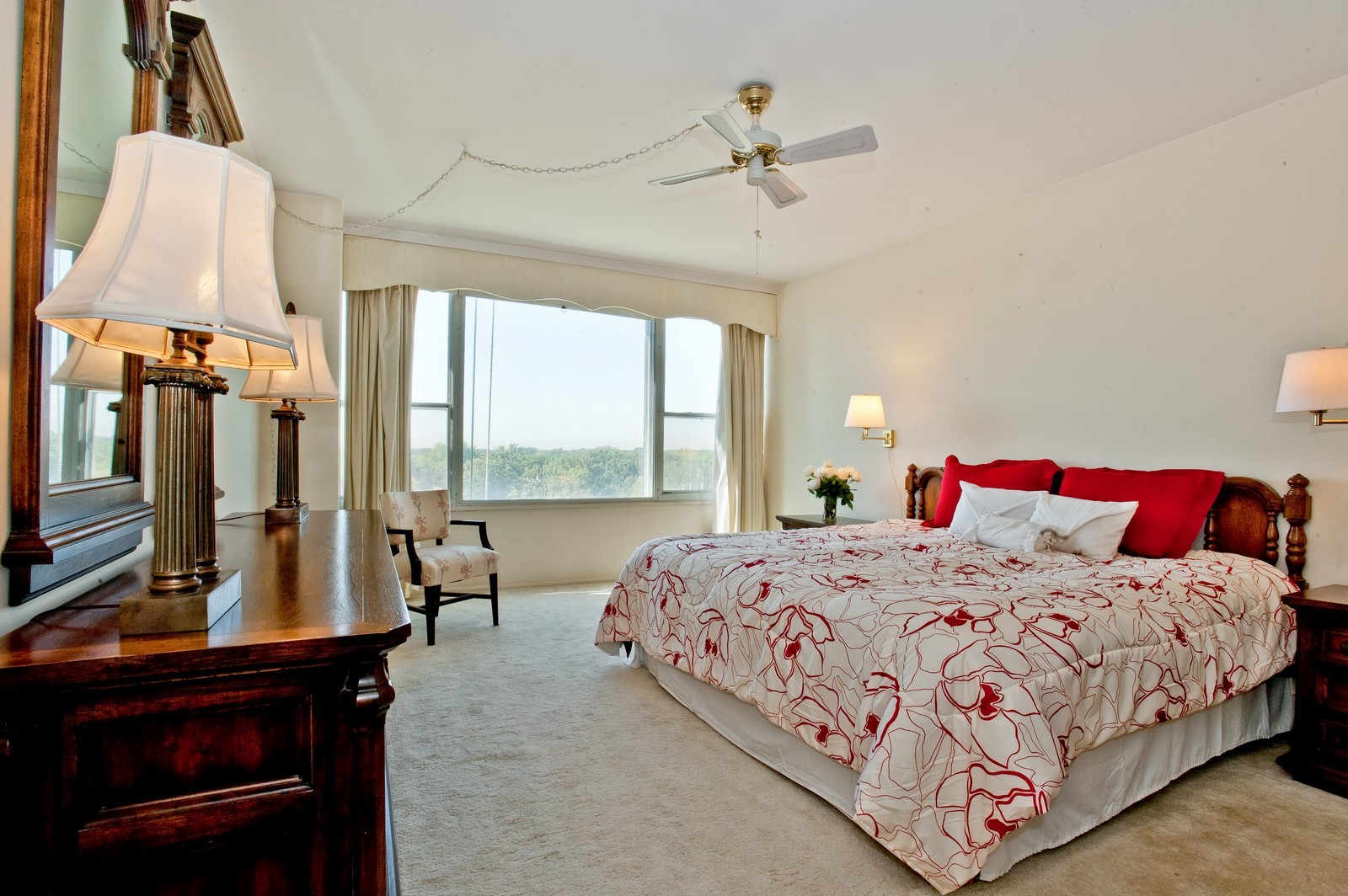 Real Estate Photography - 1616 Sheridan, Wilmette, IL, 60091 - Master Bedroom