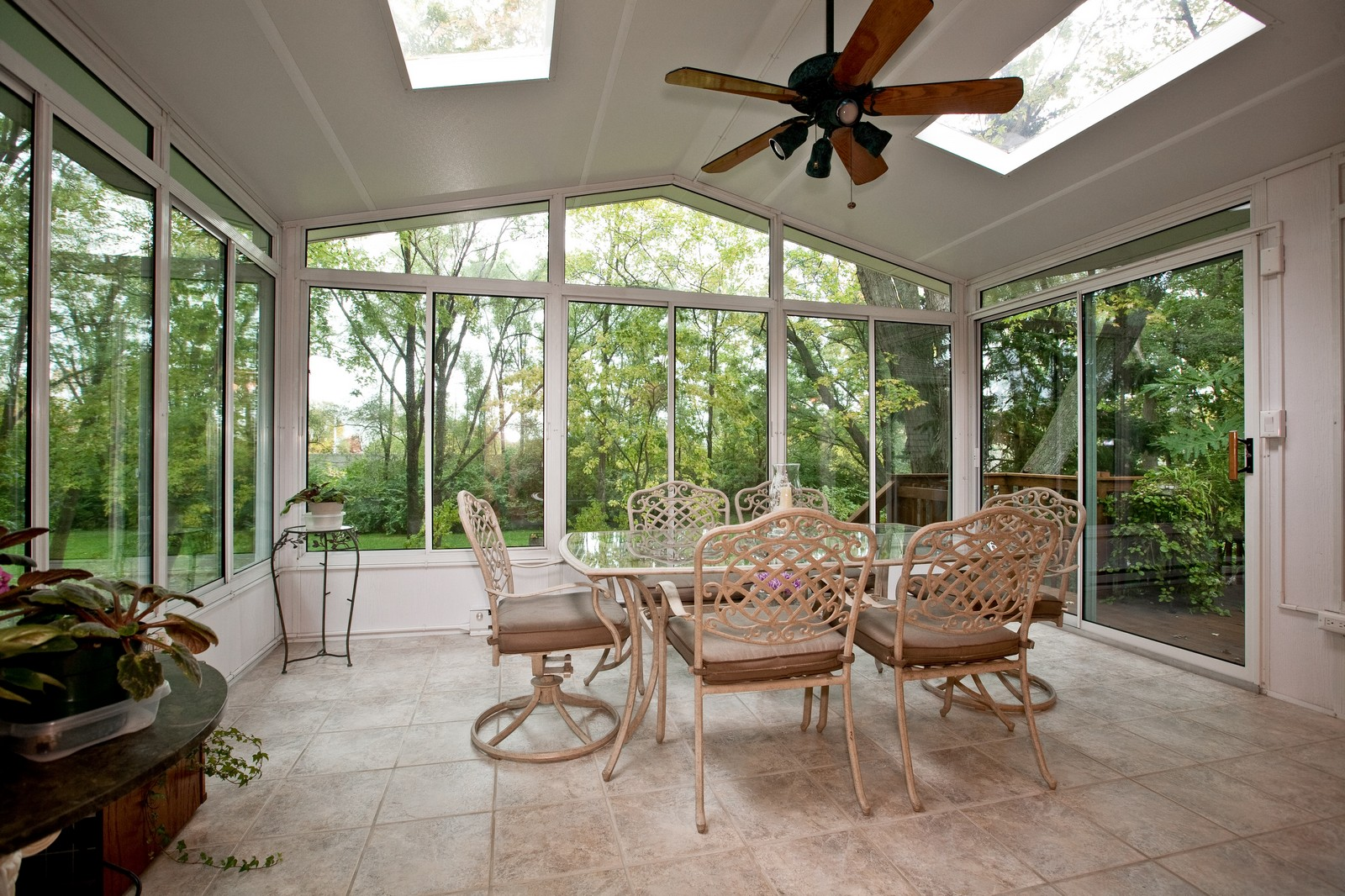 Real Estate Photography - 4402 Black Partridge, Lisle, IL, 60532 - Sun Room