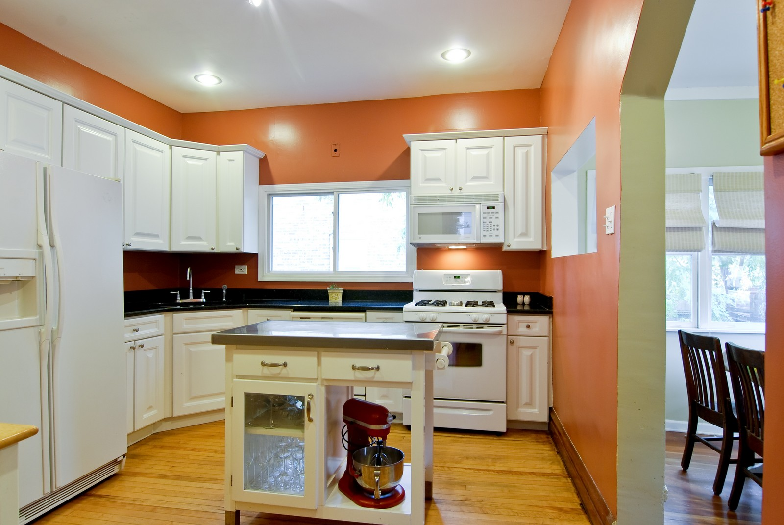 Real Estate Photography - 3436 N Kilbourn, Chicago, IL, 60641 - Kitchen