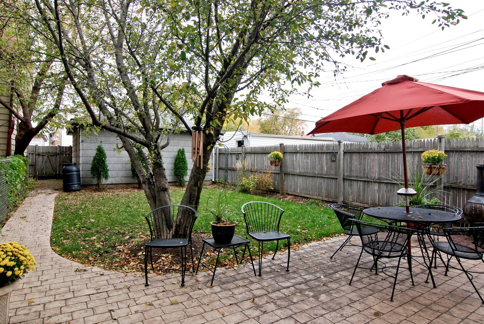 Real Estate Photography - 3436 N Kilbourn, Chicago, IL, 60641 - Patio