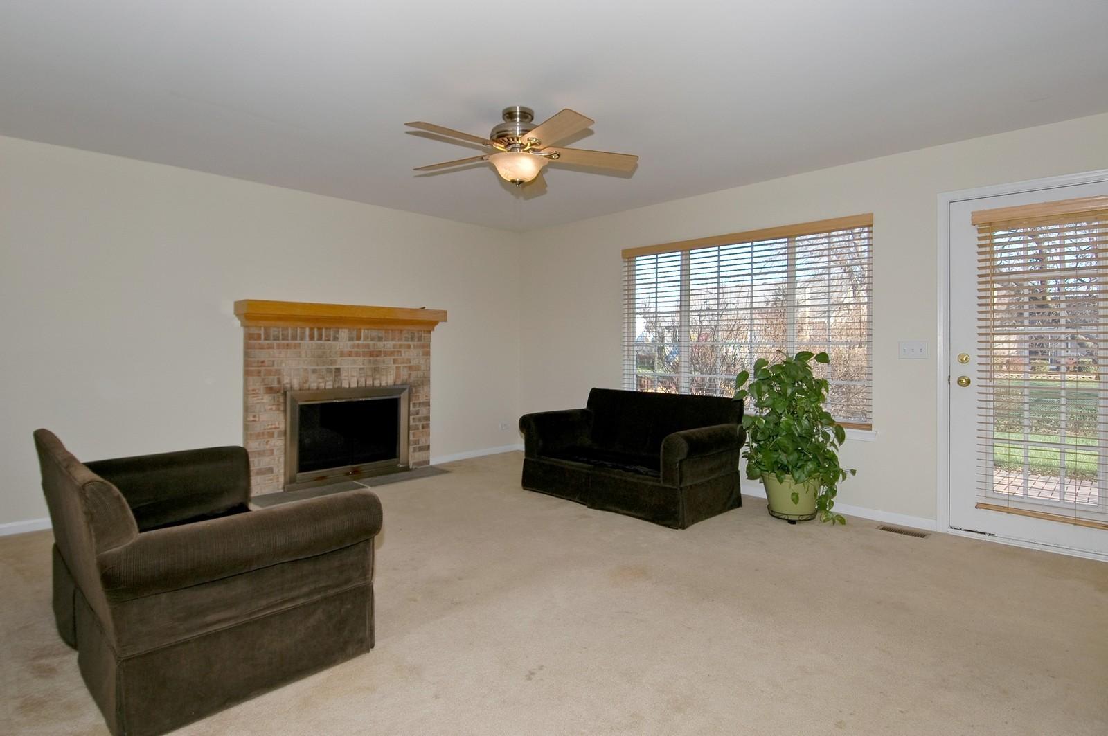Real Estate Photography - 415 Geneva Ln, Cary, IL, 60013 - Family Room