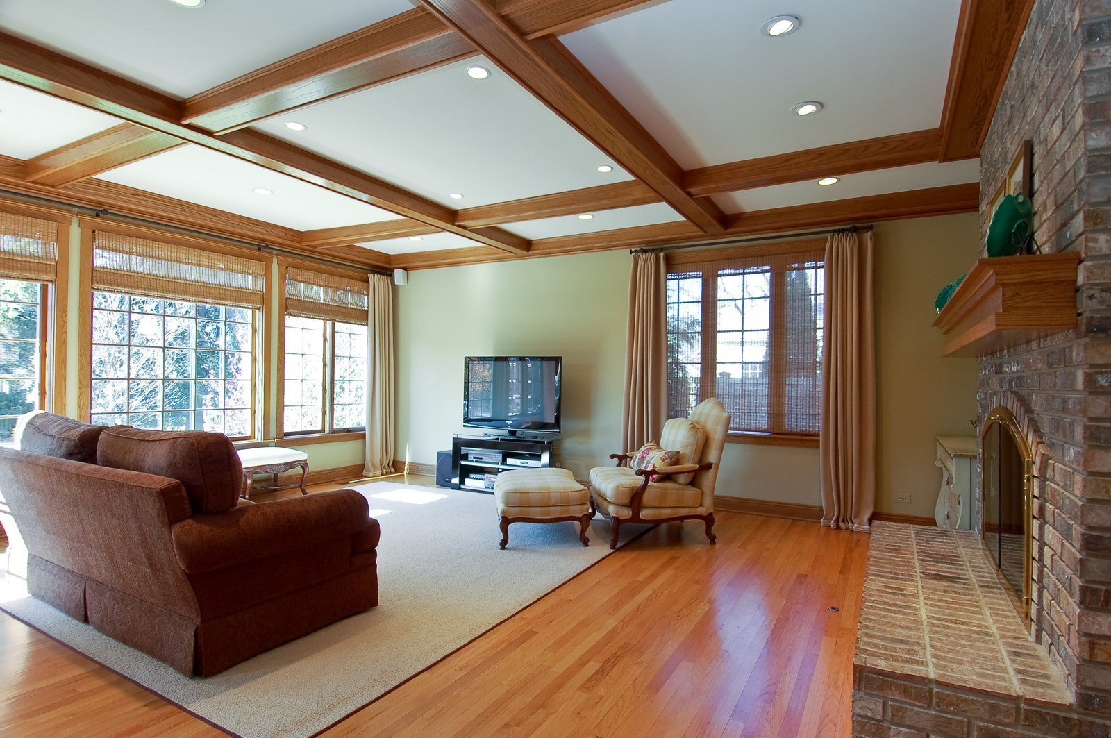 Real Estate Photography - 1492 Lloyd, Wheaton, IL, 60189 - Family Room view 2