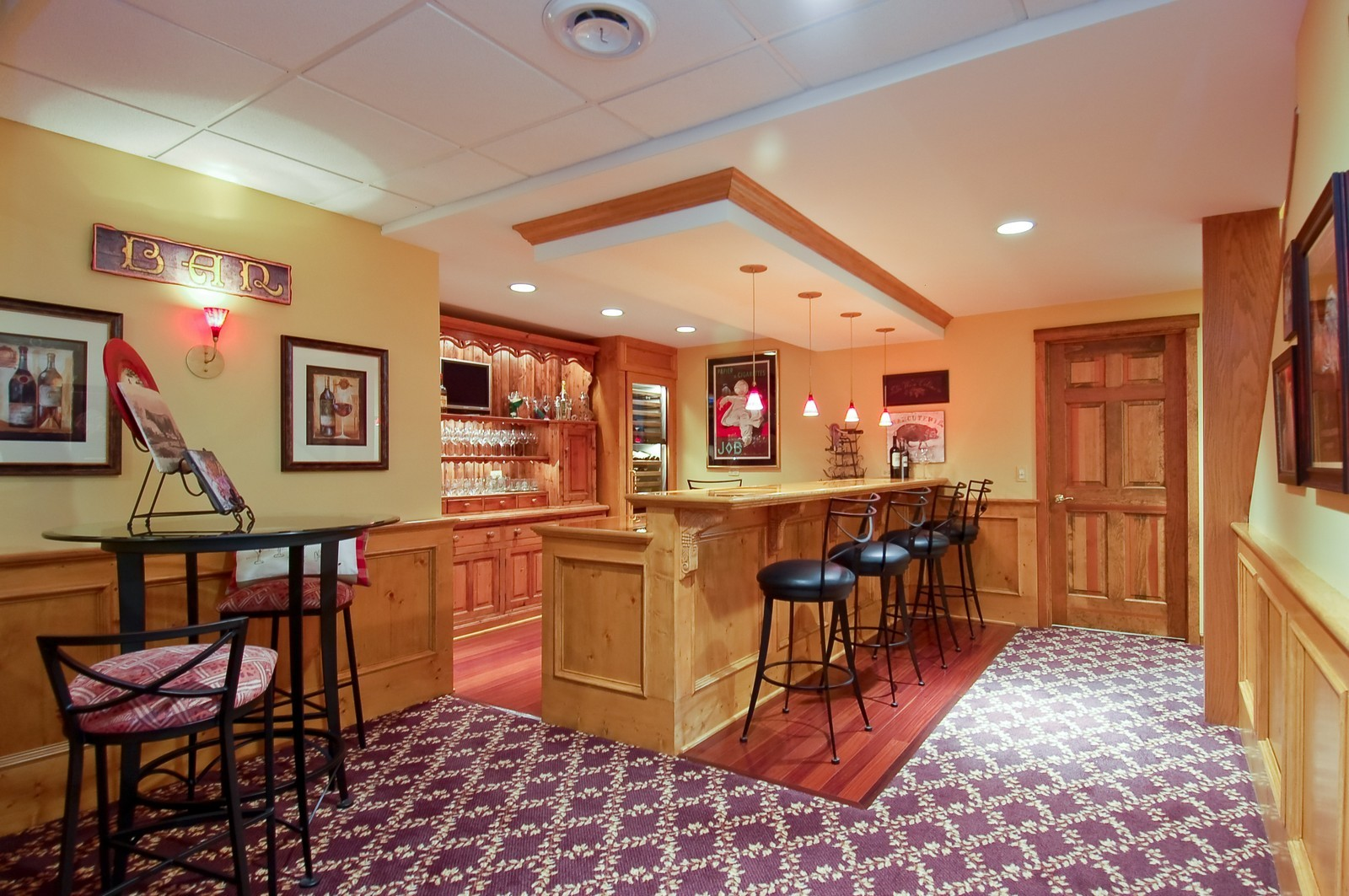 Real Estate Photography - 1492 Lloyd, Wheaton, IL, 60189 - Basement Bar Area