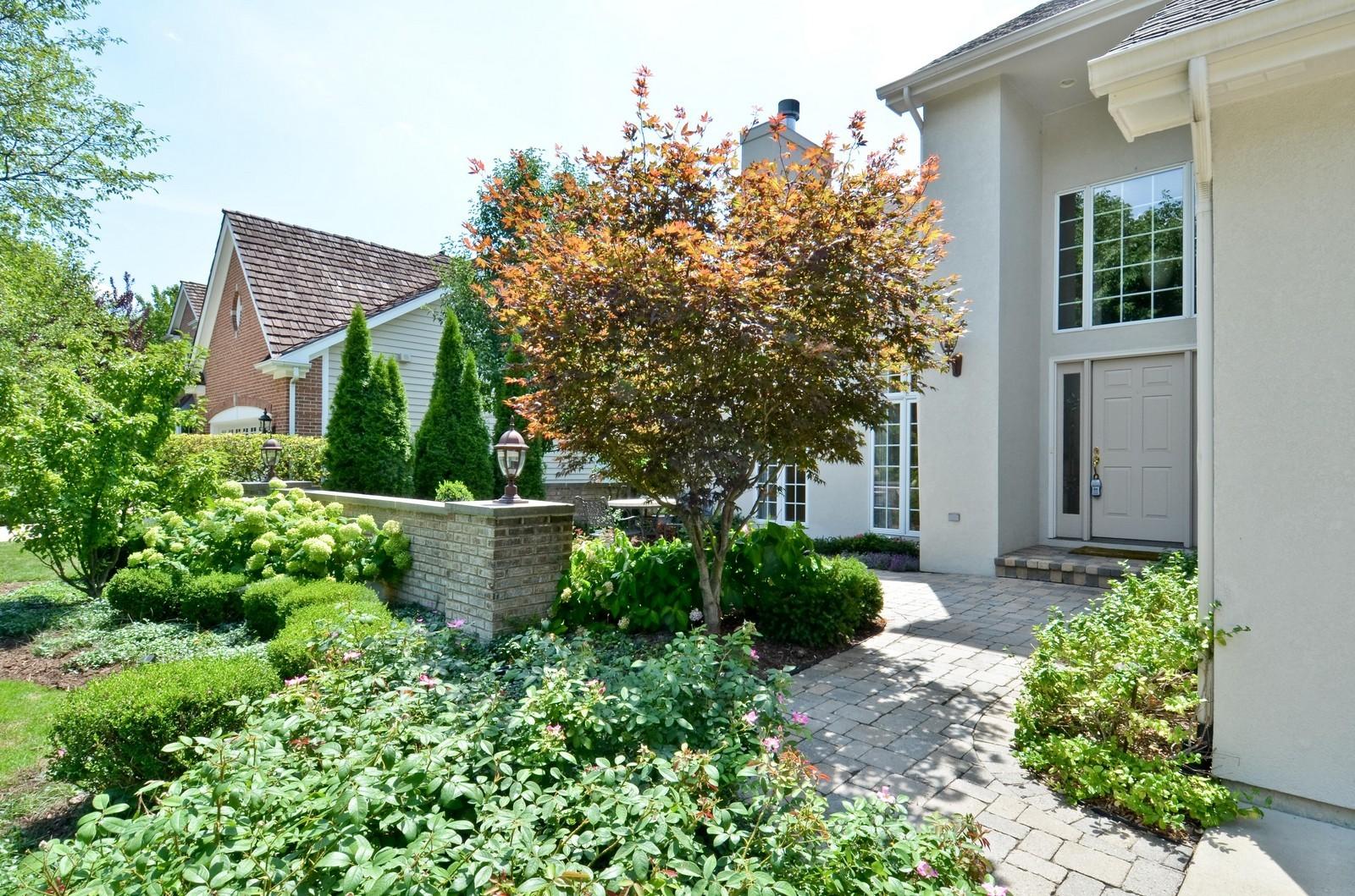 Real Estate Photography - 1492 Lloyd, Wheaton, IL, 60189 - Entryway