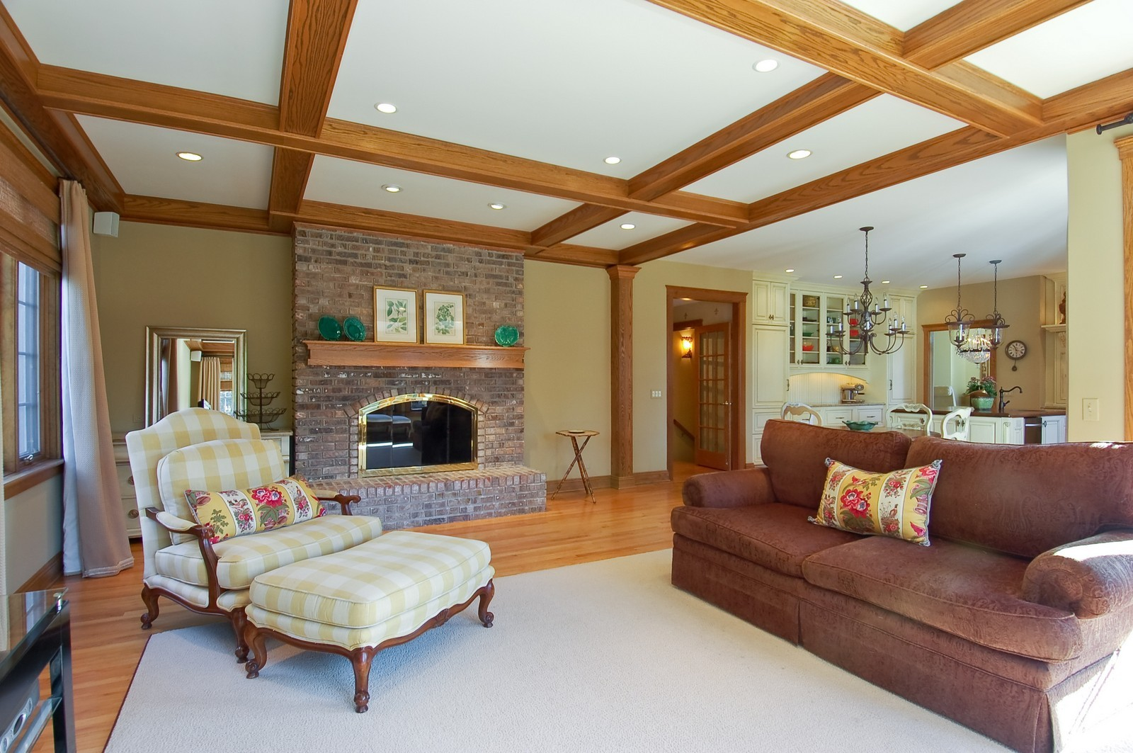 Real Estate Photography - 1492 Lloyd, Wheaton, IL, 60189 - Family Room