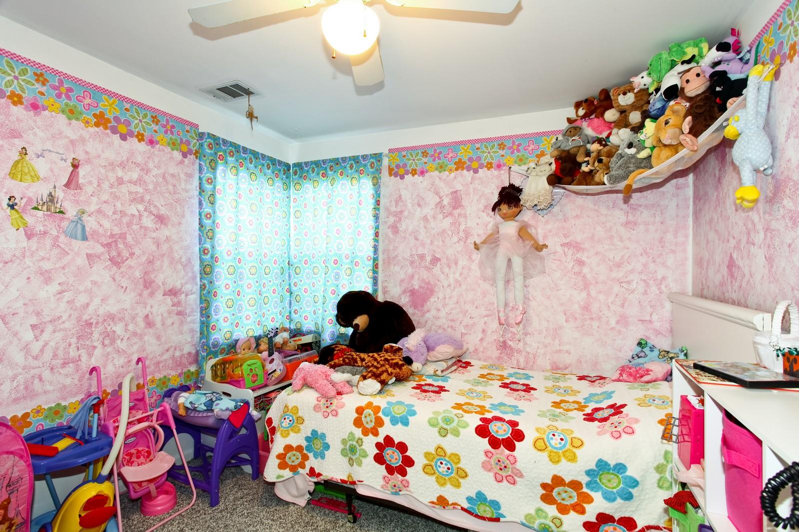 Real Estate Photography - 929 Seaman, Dekalb, IL, 60115 - 2nd Bedroom