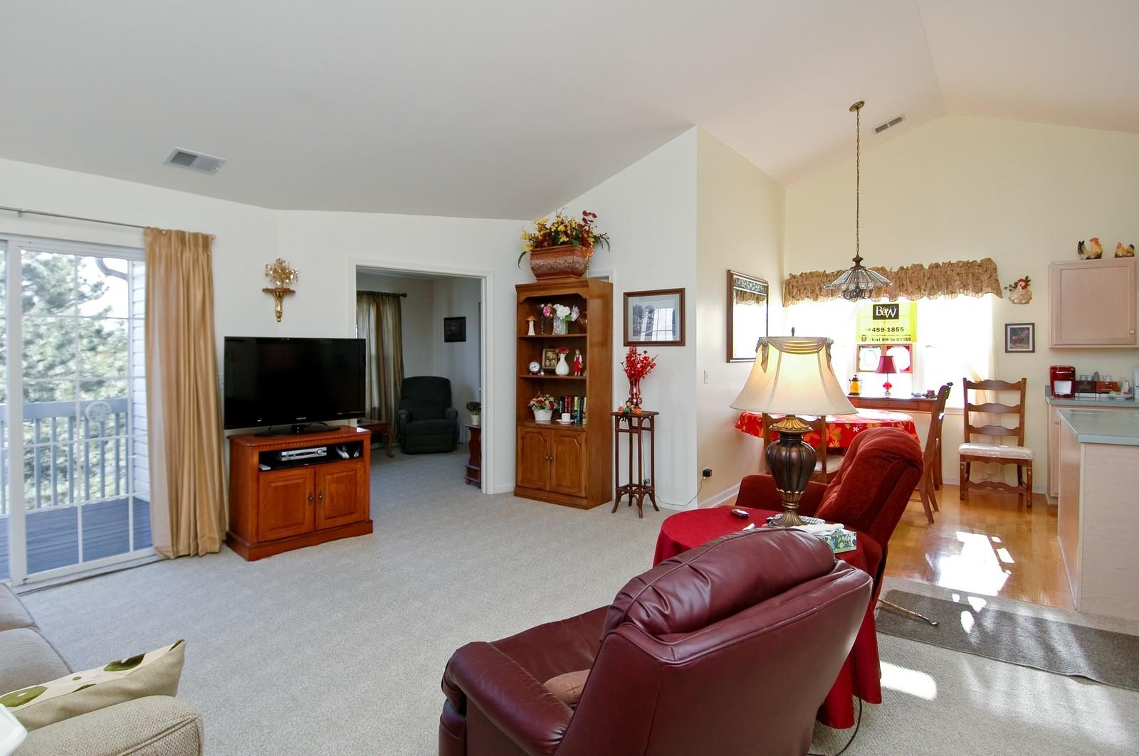 Real Estate Photography - 346 Crystal Ridge, Crystal Lake, IL, 60014 - Kitchen / Living Room