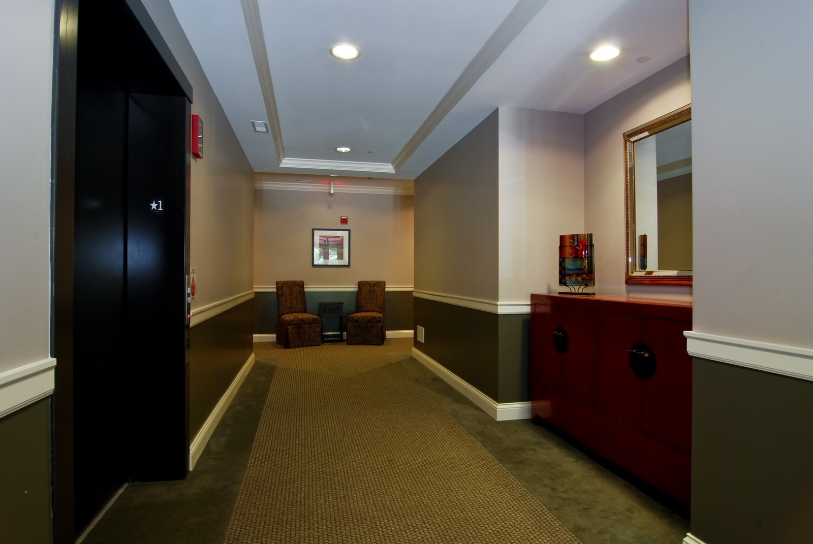 Real Estate Photography - 720 Green Bay, Unit 1D, Winnetka, IL, 60093 - Lobby