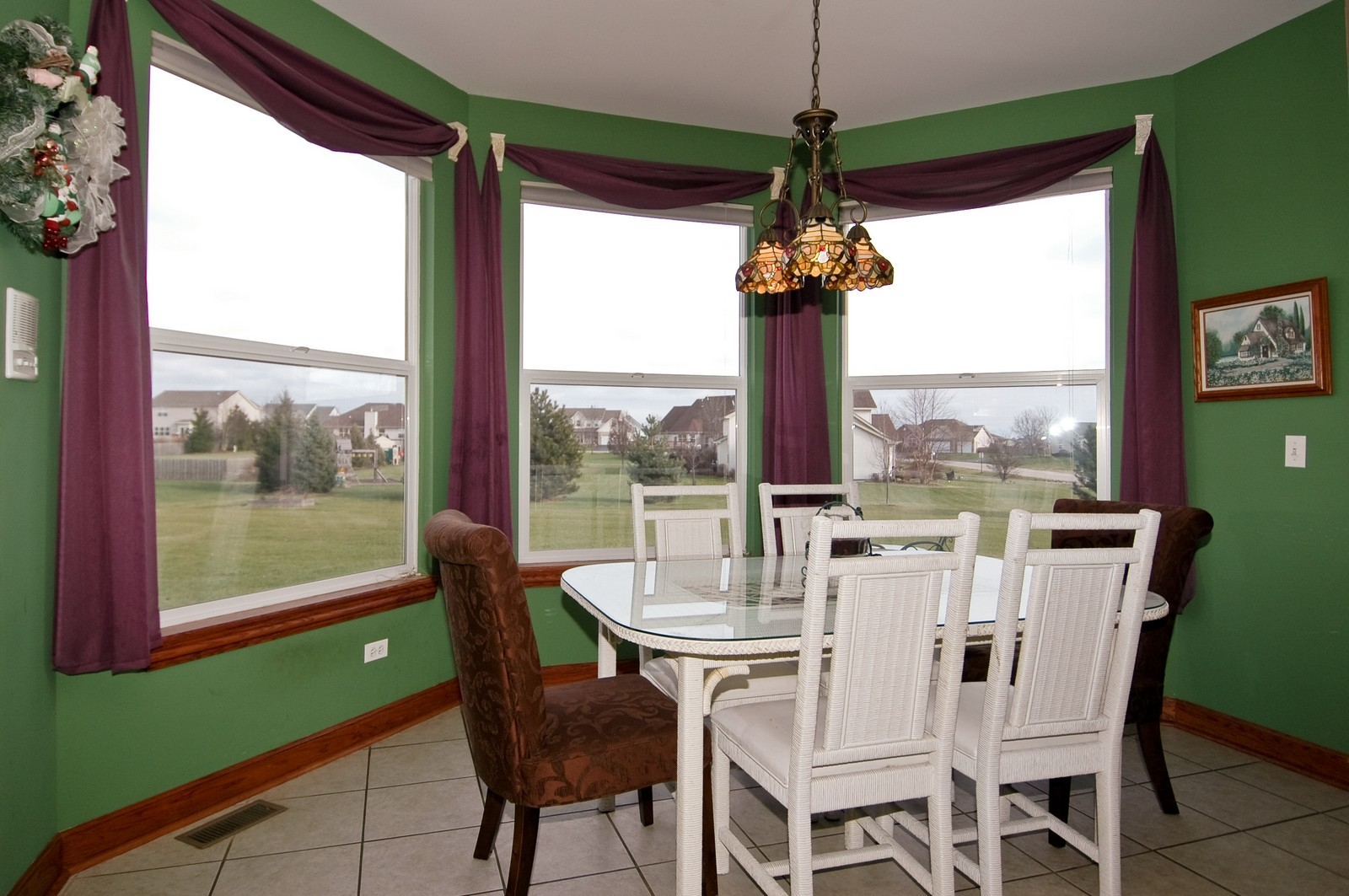 Real Estate Photography - 5522 Dakota Ridge, Johnsburg, IL, 60050 - Dining Area
