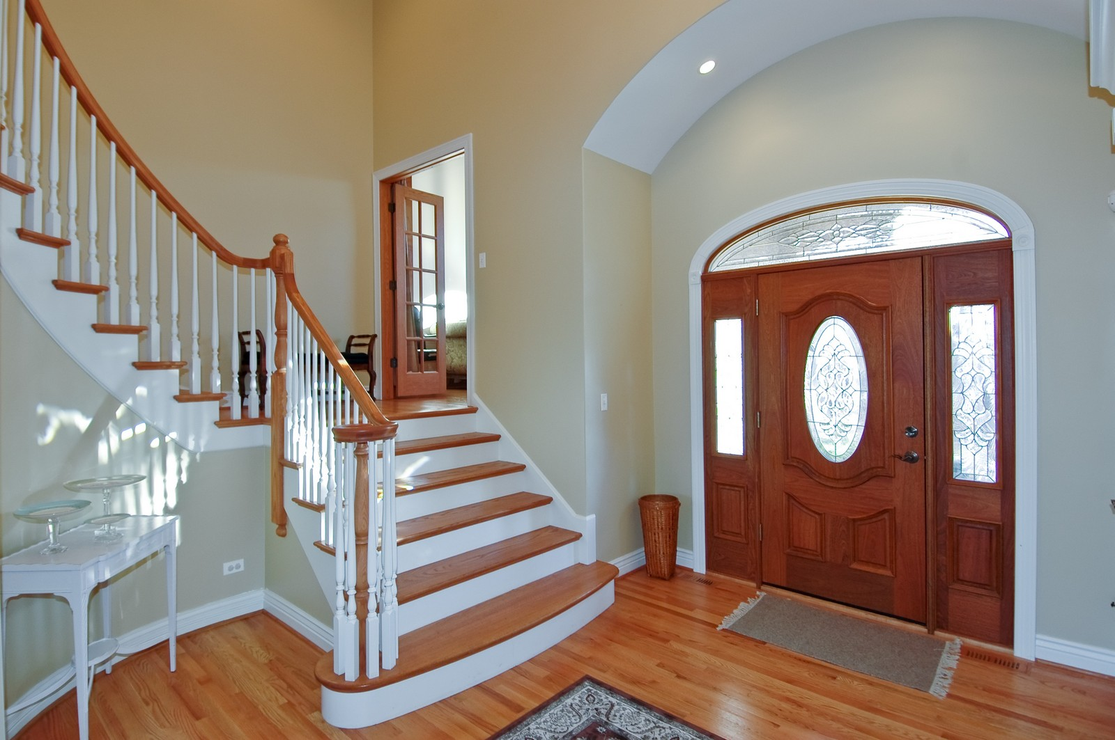 Real Estate Photography - 2100 Nish, Crystal Lake, IL, 60012 - Foyer