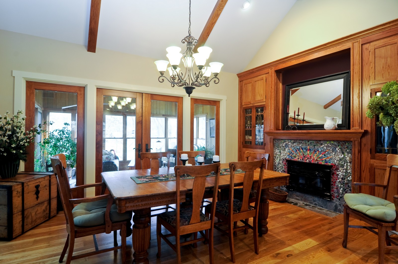 Real Estate Photography - 7420 S Rawson Bridge, Cary, IL, 60013 - Dining Room