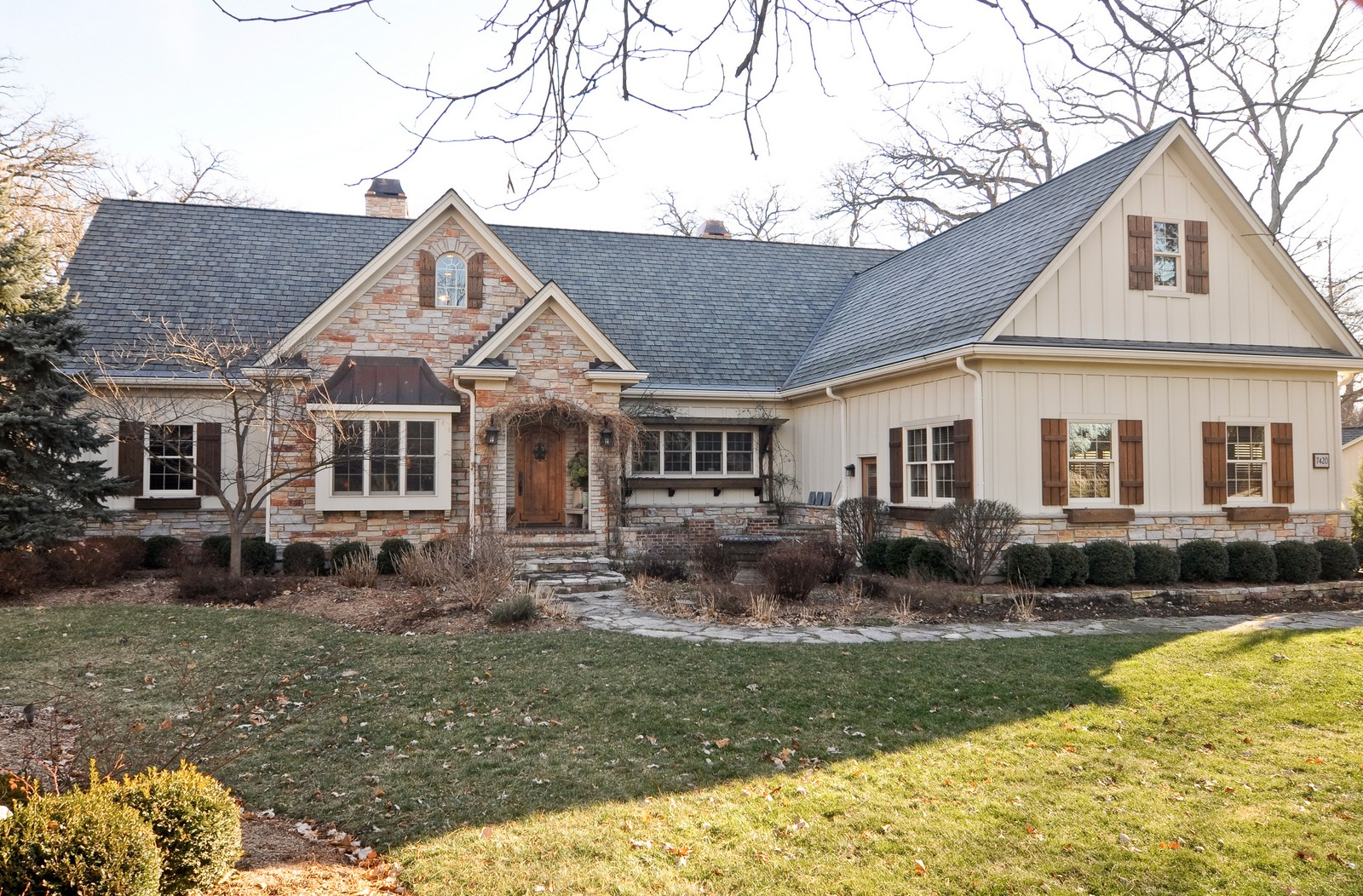 Real Estate Photography - 7420 S Rawson Bridge, Cary, IL, 60013 - Front View