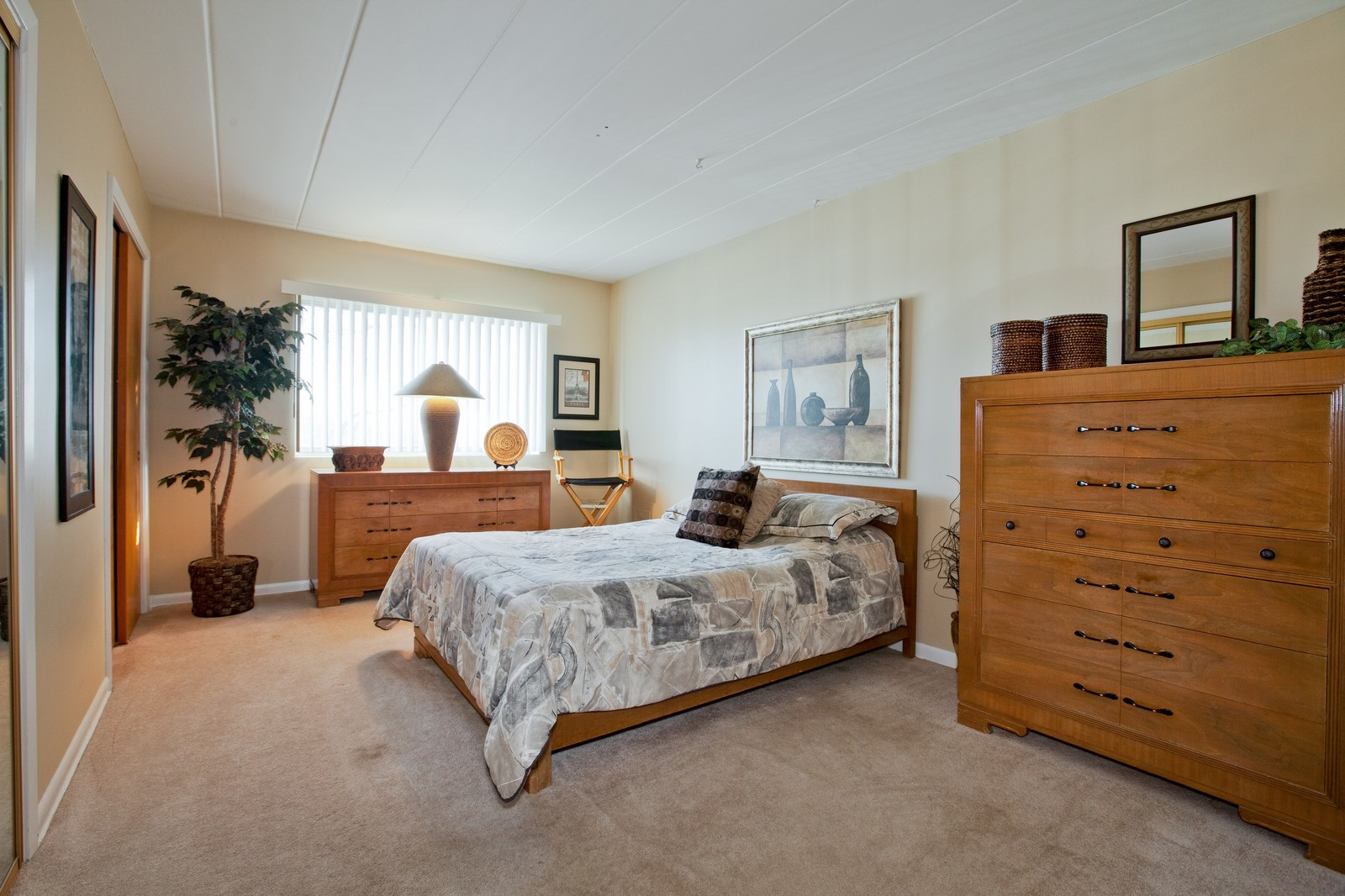 Real Estate Photography - 2900 Maple, Unit 23C, Downers Grove, IL, 60515 - Master Bedroom
