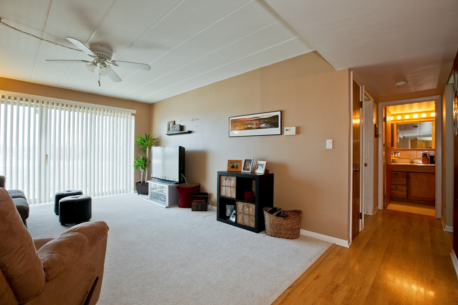 Real Estate Photography - 2900 Maple, Unit 23C, Downers Grove, IL, 60515 - Living Room